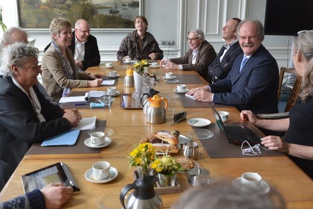 Werkbezoek van de GrienLinks statenfractie en de GroenLinks stadsfractie van Harlingen aan B&W Harlingen op vrijdag 22 maart 2013. Fotograaf: Joachim de Ruijter